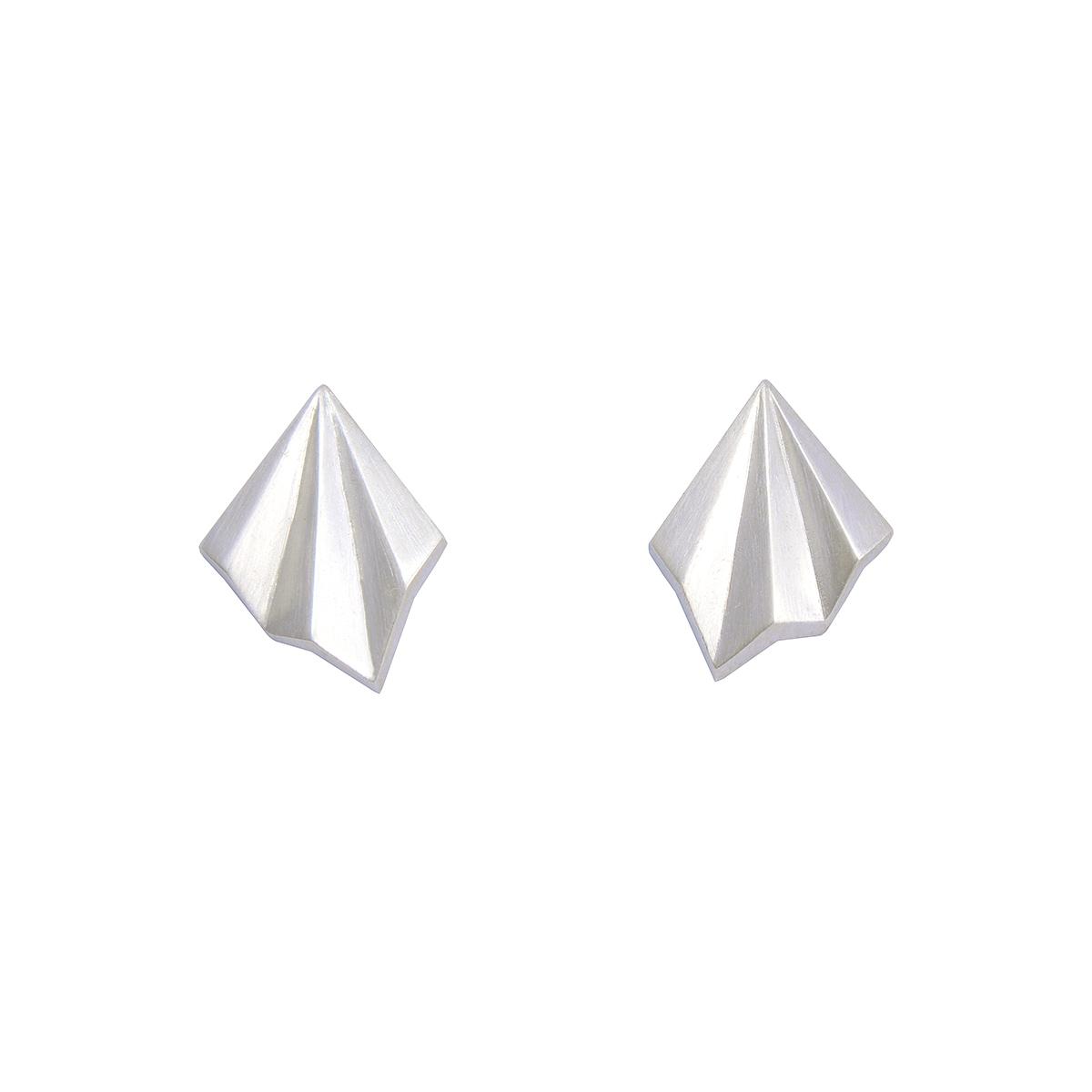 Silver pleated stud earrings