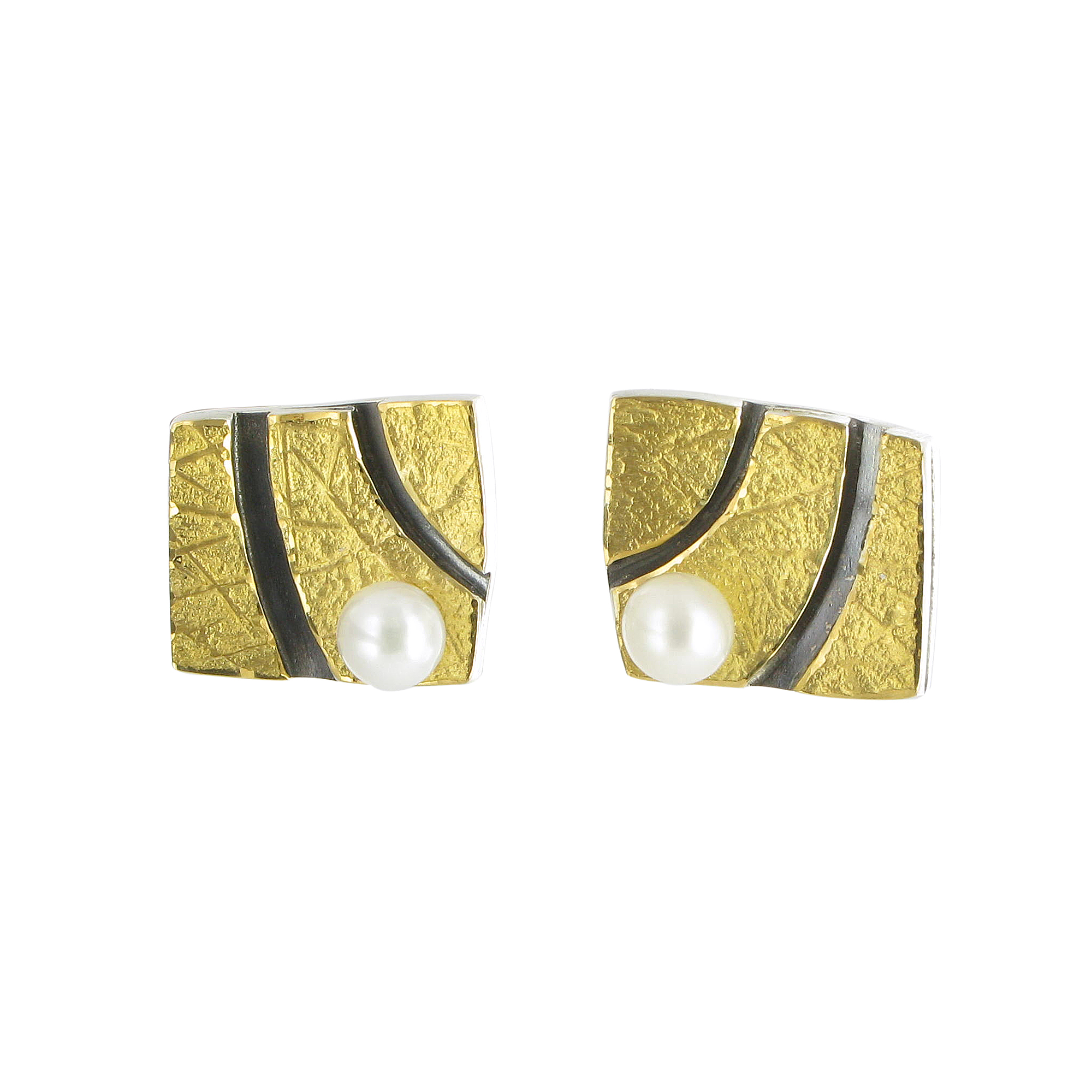 Babylonia pearl and gold stud earrings