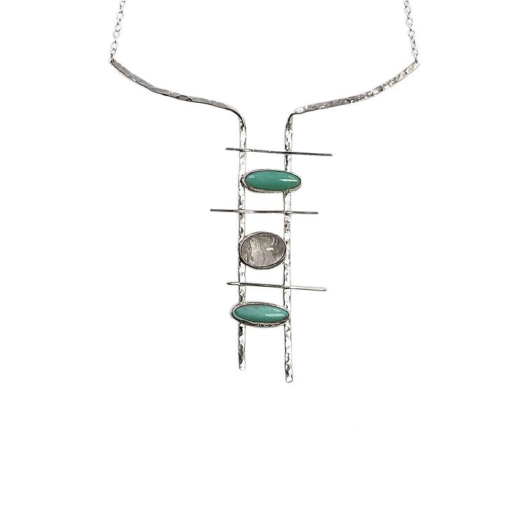 Byblos quartz  pendant necklace
