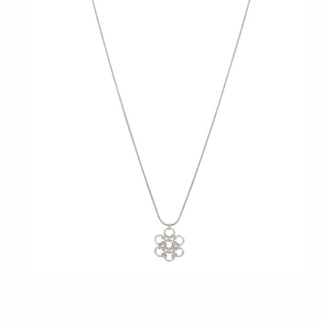 Chainmaille flower pendant necklace
