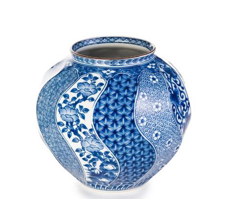 Nejiri Shonzui Porcelain Vase