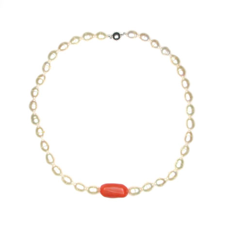 Pearl with coral necklace