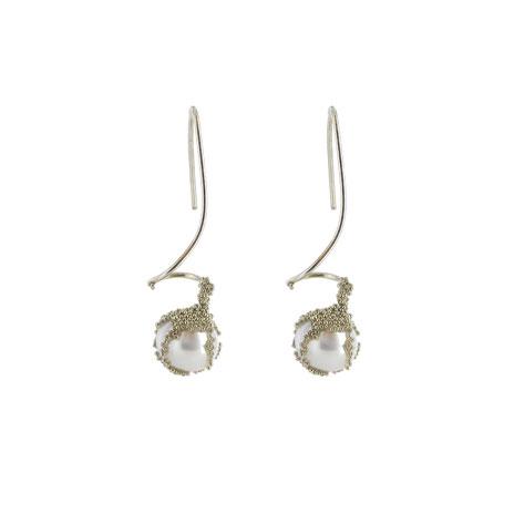 White pearl berries earrings
