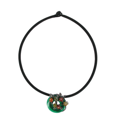 Green bi disc necklace with flower