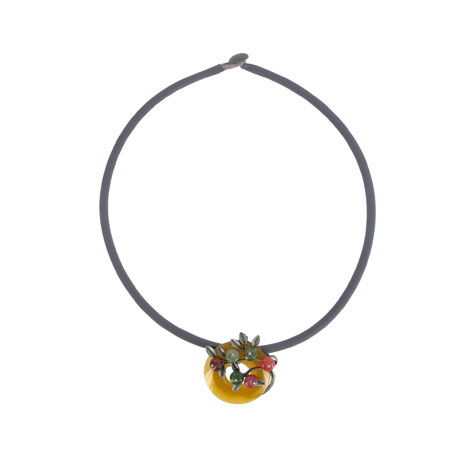 Yellow bi disc necklace with flower